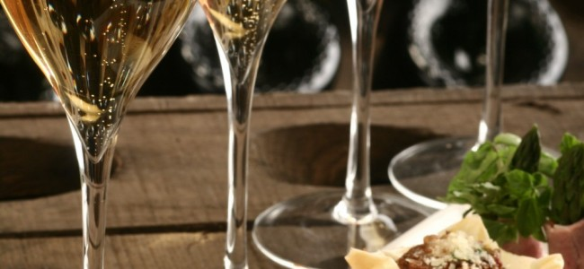 WINE & APPETIZER PAIRINGS FOR THE HOLIDAYS